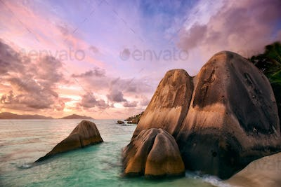 Sunset st Anse Source d'Argent