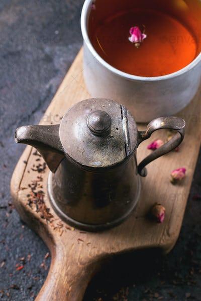 Teapot and mug of tea