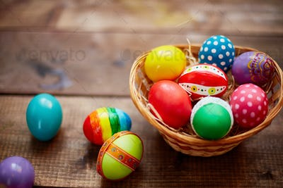 Decorative eggs in basket