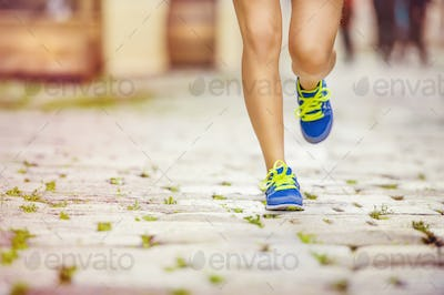 Female runner, feet closeup