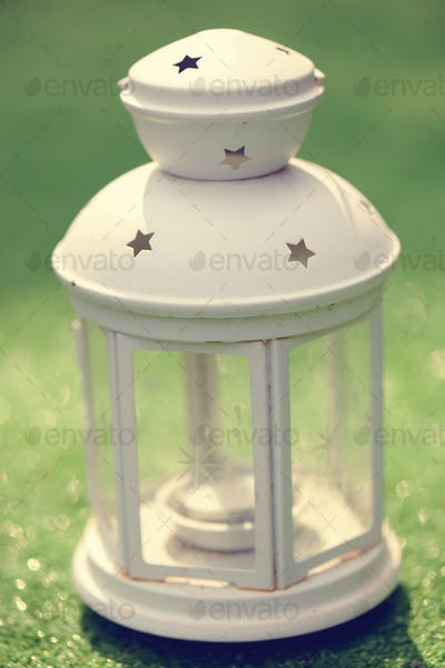 Beautiful whte lantern for wedding