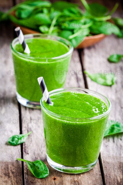 Healthy green spinach smoothie