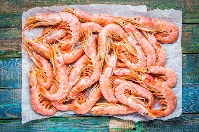 fresh raw prawns on paper