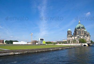 Berlins Dom, river Spree and the Schlossplatz