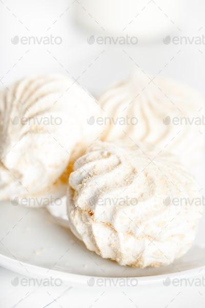 White marshmallows(Zephyr)