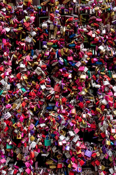 Symbols of love in Verona, Juliet yard, Italy,