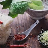 Oriental lunch preparation