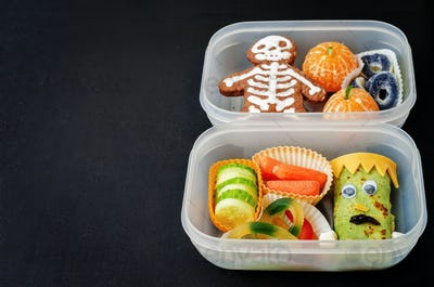 lunch boxes for children in the form of monsters