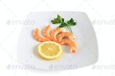 five shrimps with lemon