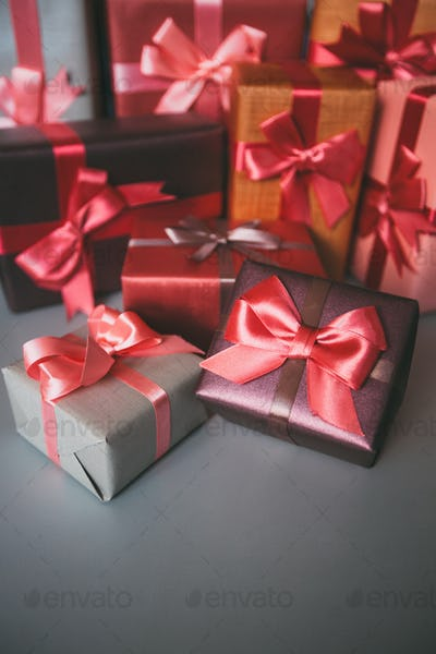 Design background boxes with gifts.