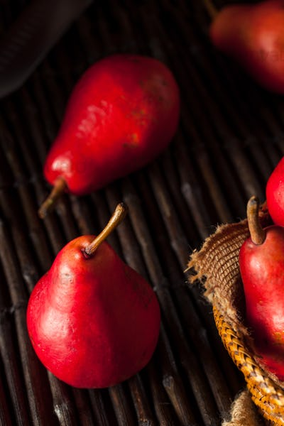 Raw Organic Red Pears