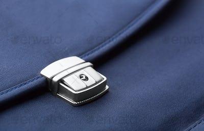 Briefcase clip