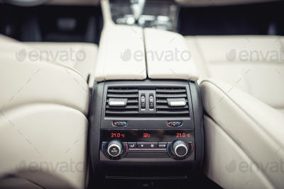air conditioning and car ventilation system for passangers, design details of modern car