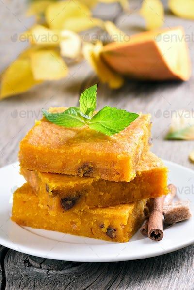 Vegetarian dessert pumpkin bars