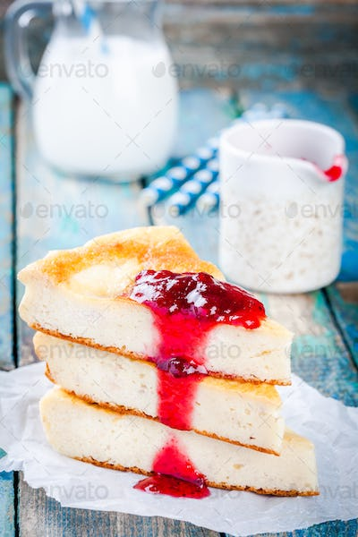 Cottage cheese pudding with cranberry sauce