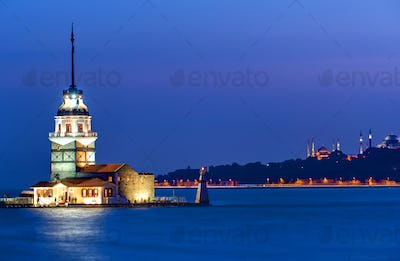 The Maiden tower at dawn