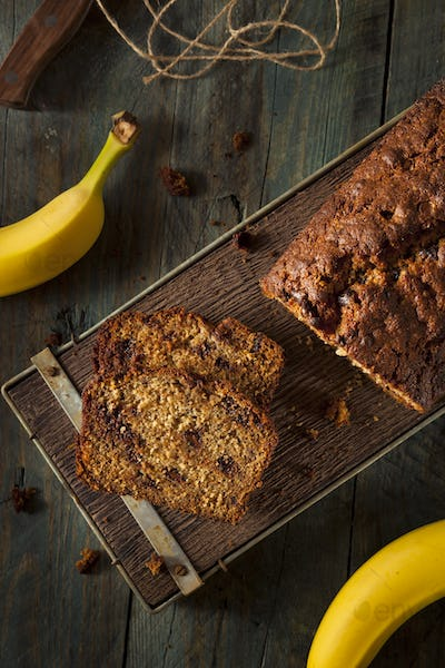 Homemade Chocolate Chip Banana Bread
