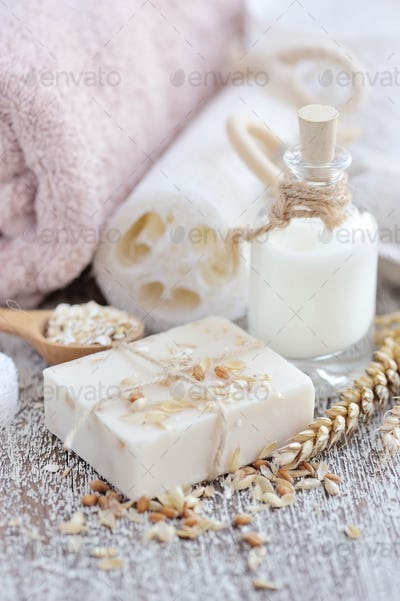 Soap oatmeal handmade for a Natural Clean