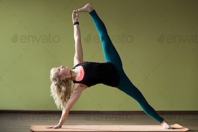 Advanced variation of Side Plank Pose