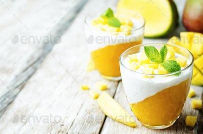 mango vanilla whipped cream dessert