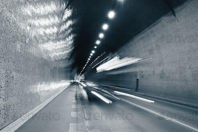 Traffic in urban tunnel