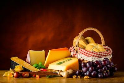 Gouda Cheese and Basket Bun