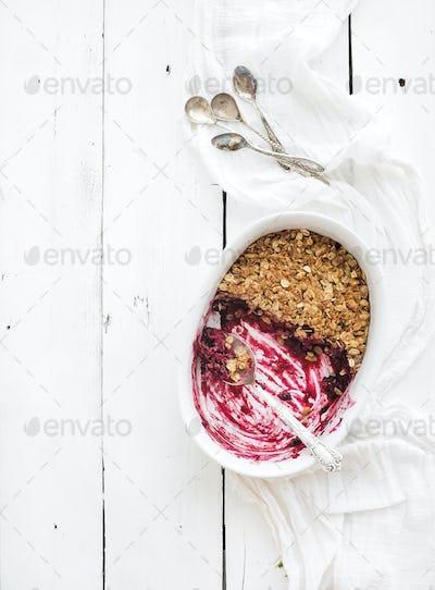Healthy breakfast. Oat granola berry crumble