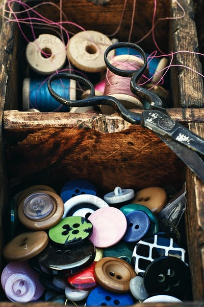 Outdated sewing kit