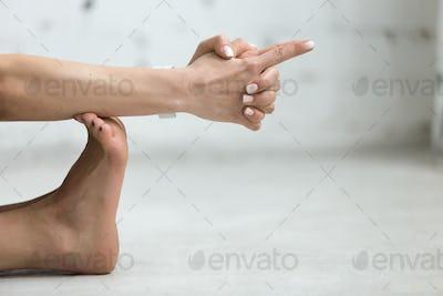 Yoga Indoors: The Vajra Mudra - Thunder Mudra