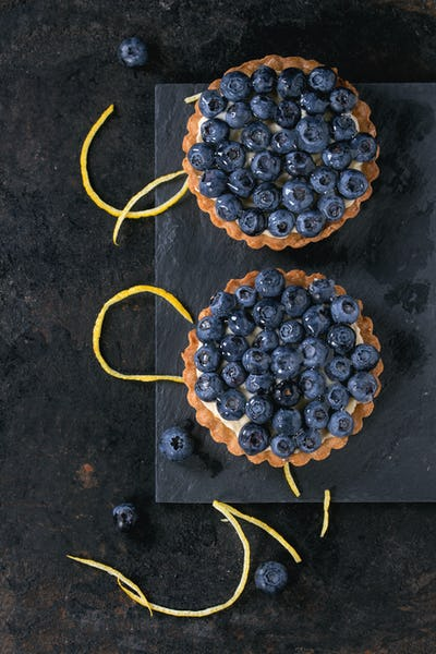 Tartlets with blueberries