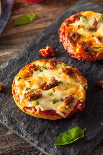Sausage and Pepper Pizza Bagels