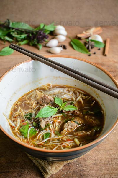 Noodle soup with Stewed pork