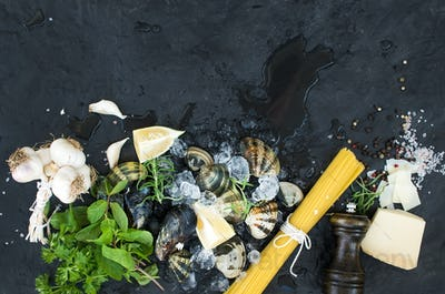 Ingredients for cooking Spaghetti vongole