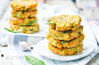 zucchini spinach chickpea burgers