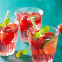 summer strawberry drink with lime and mint