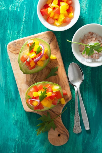 avocados stuffed with tomato pepper salad