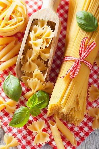 raw pasta spaghetti farfalle penne italian cuisine