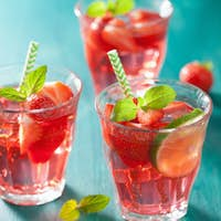 summer strawberry lemonade with lime and mint