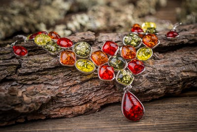 Colorful stones necklace