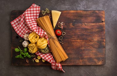 Cutting board and Different pasta
