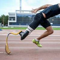 explosive start of athlete with handicap