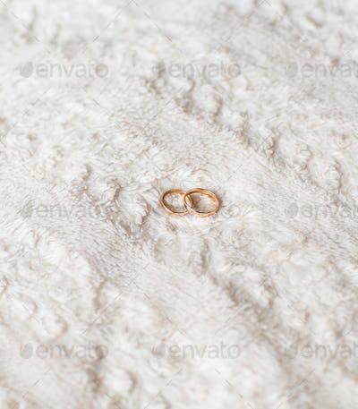 gold wedding  closeup