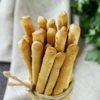 Snack Bread Sticks With Sesame