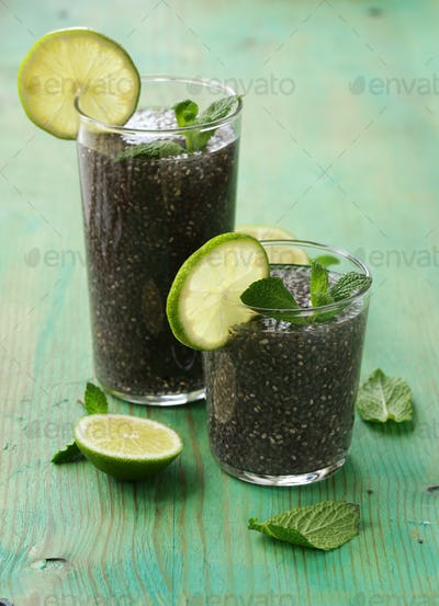 Chia Seed Drink With Lime And Mint