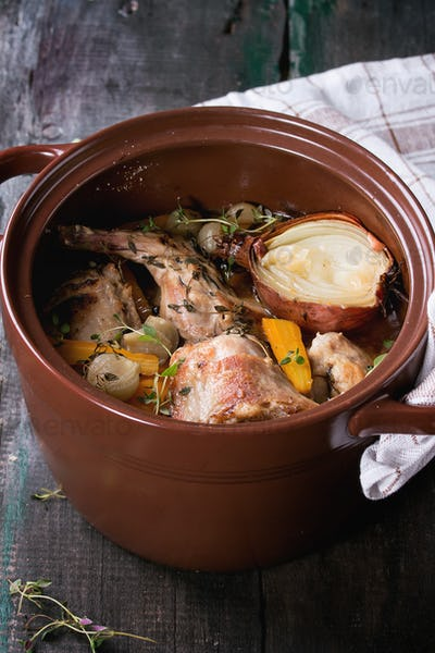 Stewed rabbit with vegetables