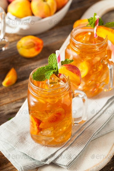 Fresh Homemade Peach Sweet Tea