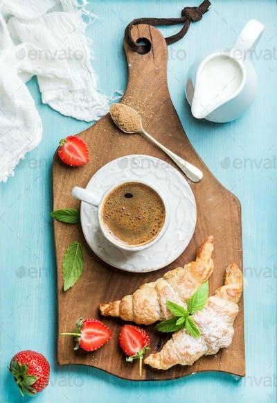 Breakfast or dessert set