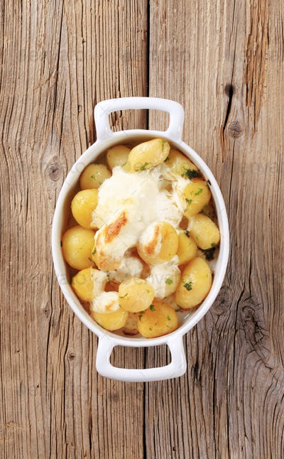 Potatoes and sour cream