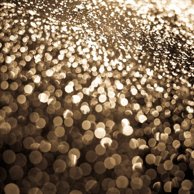 Abstract background (raindrops on a window dispersing and reflec