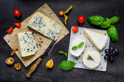 Blue Cheese and Brie Soft Cheese